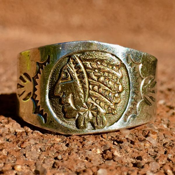 SOLD 1920s EXCEPTIONALLY RARE INDIAN CHIEF CHAMEO WITH GOLD PLATING ON CIGAR BAND SILVER SIDE STAMPED RING