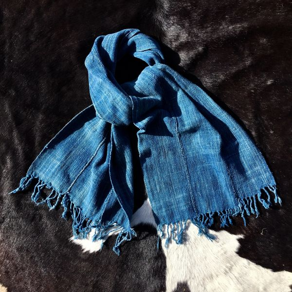 1800s FRINGED SOFT LIGHT BLUE INDIGO MOSSI TRIBE ON BURKINA FASSO AFRICA SCARF
