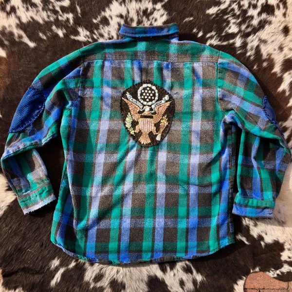 ELBOW PATCHED, 100 YEAR OLD BUTTONS, BLACK, BLUE & GREEN PLAID FADED & USA MONEY EAGLE FELT PATCH THICK FLANNEL PLAID SHIRT JACKET
