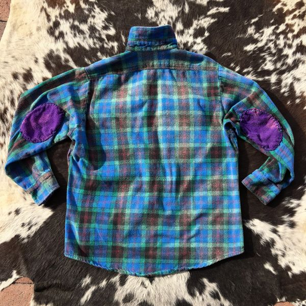 ELBOW PATCHED 100 YEAR OLD BUTTONS, STRAWBERRY RED, BLUE & GREEN PLAID FADED & THICK FLANNEL PLAID SHIRT JACKET