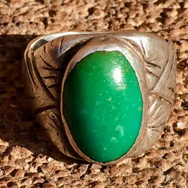 SOLD 1930s CHISELED SANDCAST WELL WORN GREEN OVAL DOMED TURQUOISE RING