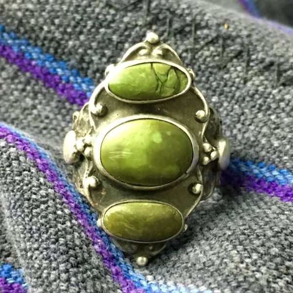 SOLD 1910s 3 OVAL PALE OLIVE GREEN TURQUOISE STONE STOPLIGHT ARROW STAMPED RING