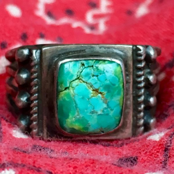 SOLD 1920s SMALL SQUARE BLUE GREEN TURQUOISE ROPE & SPLIT SHANK SILVER RING