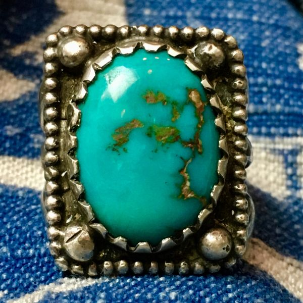 SOLD 1920s INGOT SILVER & GEM QUALITY BLUE OVAL TURQUOISE PINKY RING FRAMED IN DOTS