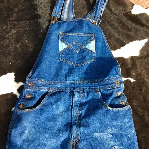 "SOLD 1960s GEOMETRIC CONTRASTING POCKETS FADED & DISTRESSED DENIM OVERALLS BY WOOLWORTH'S 34"" WAIST 36"" LONG ADJUSTABLE"
