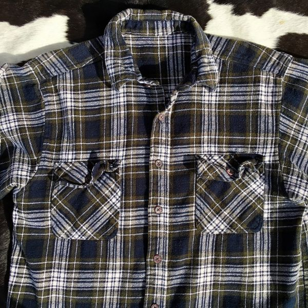 1990s THICK SOFT COTTON PLAID FLANNEL WHITE, BLACK & OLIVE SHIRT XXL