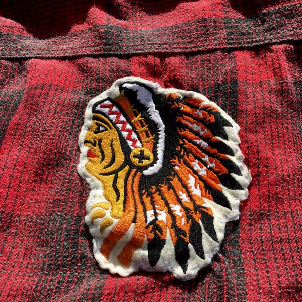 THICK FLANNEL RED BLACK PLAID SHIRT JACKET WITH INDIAN CHIEF PATCH