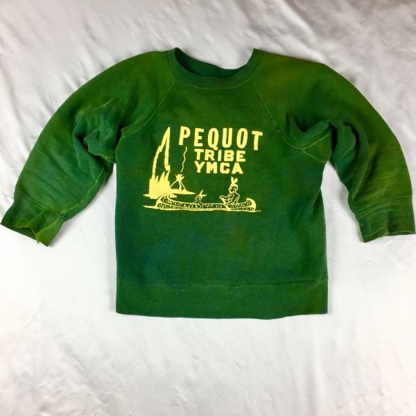 SOLD 1950s 100% COTTON PEQUOT TRIBE YMCA GUSSETED YELLOW & GREEN FADED & DISTRESSED SWEATSHIRT XS