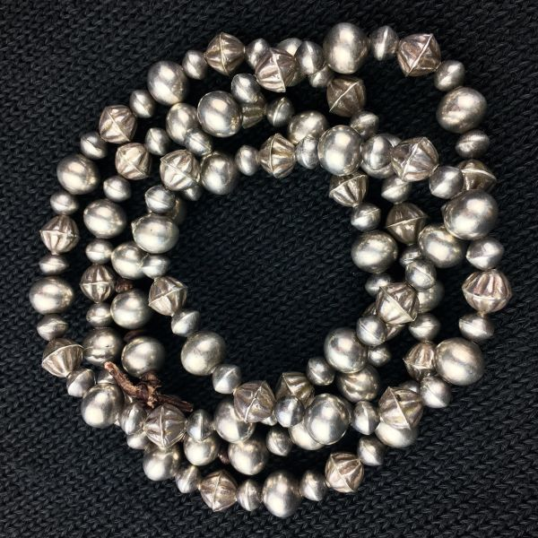 SOLD 1920s NAVAJO PEARL BENCH BEADS WITH 1930s FLUTED HOG AN BEADS ATELIER RESTRUNG ON LEATHER 37""