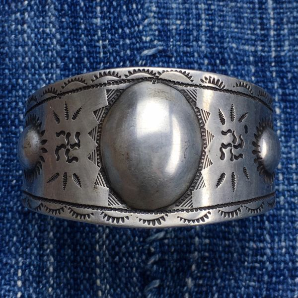 SOLD 1910s H.H. TAMMEN OF ALBUQUERQUE SILVER INGOT WIDE REPOUSSE' WHIRLING LOG CROSSED ARROWS THUNDERBIRDS BIG WRIST CUFF BRACELET