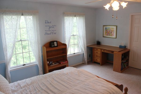 309Kelly-Bedroom1