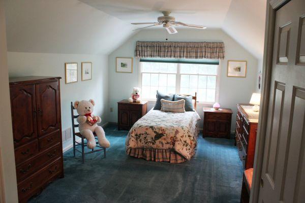 309Kelly-Bedroom2