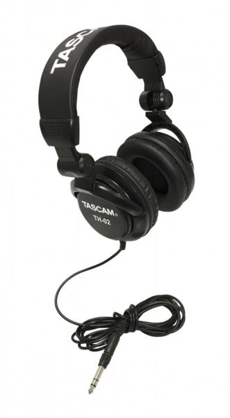 Tascam TH-02 Headphones - Black