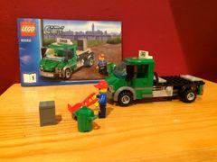 60052 green cargo truck