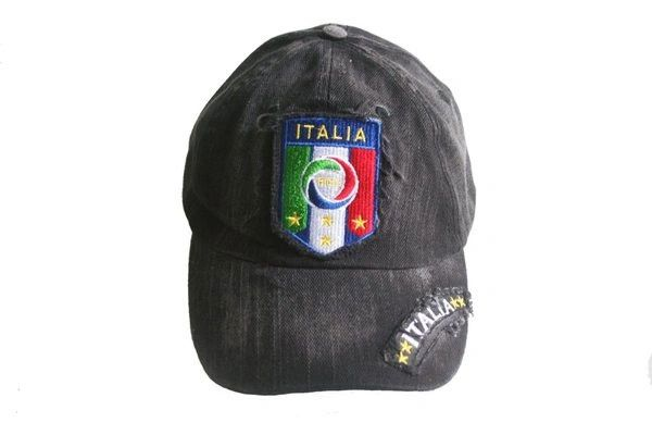ITALIA BLACK ACID - WASHED FIGC LOGO FIFA SOCCER WORLD CUP EMBOSSED HAT CAP .. NEW