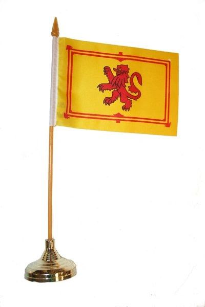 "SCOTLAND LION RAMPANT 4"" X 6"" INCHES MINI COUNTRY STICK FLAG BANNER WITH GOLD STAND ON A 10 INCHES PLASTIC POLE .. NEW AND IN A PACKAGE."