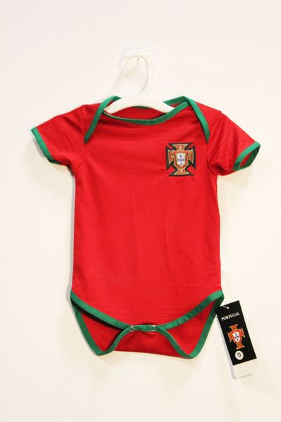 PORTUGAL Red FPF Logo FIFA World Cup BABY'S JUMPER ..3 - 6 Months