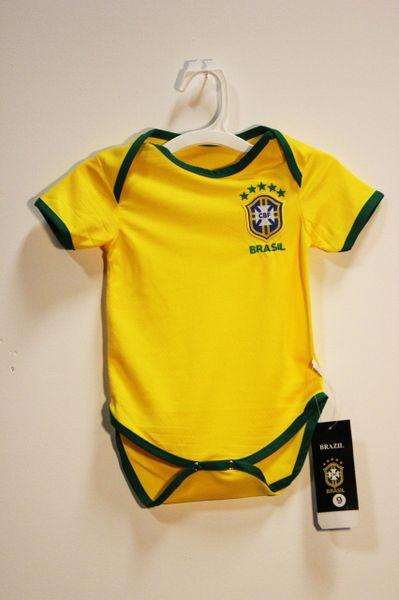BRASIL Yellow 5 Stars , NEYMAR JR #10 CBF Logo FIFA World Cup BABY'S JUMPER ..3 - 6 Months