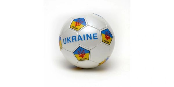 UKRAINE WITH TRIDENT WHITE COUNTRY FLAG SOCCER BALL SIZE 5 .. NEW AND IN A PACKAGE