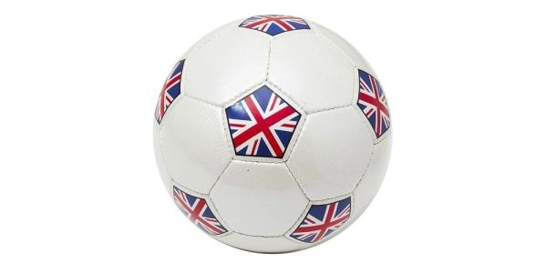 UNITED KINGDOM WHITE COUNTRY FLAG SOCCER BALL SIZE 5 .. NEW AND IN A PACKAGE
