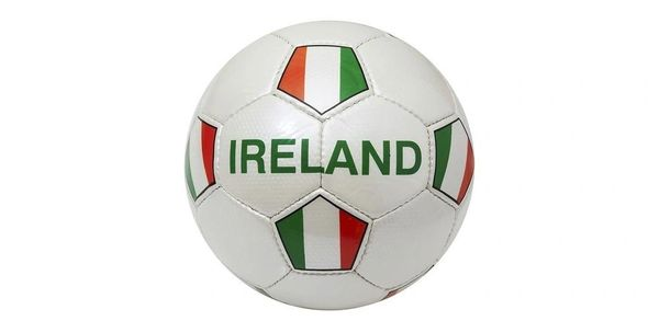 IRELAND WHITE COUNTRY FLAG FIFA WORLD CUP SOCCER BALL SIZE 5 .. NEW AND IN A PACKAGE