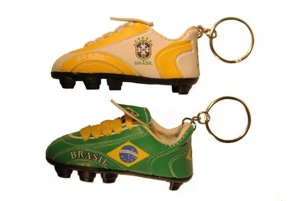 BRASIL White - Yellow & Green ( Set ) , 5 Stars CBF Logo Soccer SHOE CLEAT KEYCHAINS