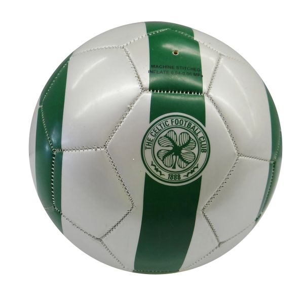 CELTIC F.C. / SCOTTISH PREMIERSHIP , SCOTLAND / WHITE - GREEN SOCCER BALL SIZE 5.. NEW AND IN A PACKAGE