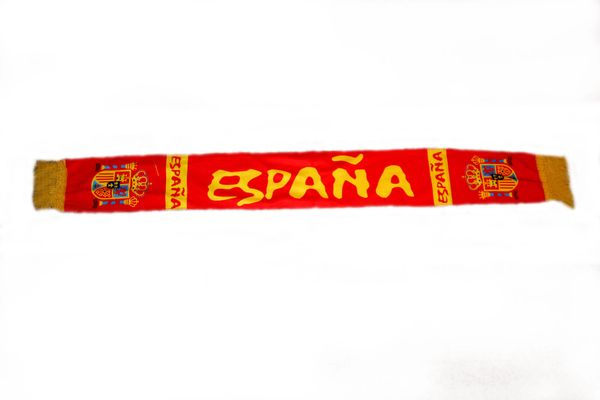 "ESPANA SPAIN COUNTRY FLAG FIFA SOCCER WORLD CUP THICK SCARF .. SIZE : 56"" INCHES LONG X 6"" INCHES WIDE , 100% POLYESTER HIGH QUALITY .. NEW"