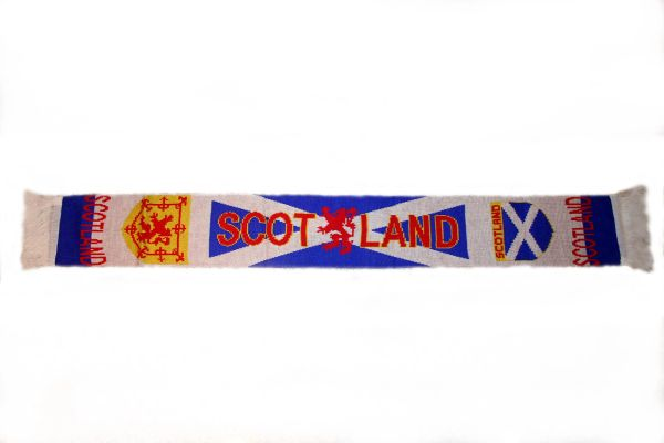 "SCOTLAND COUNTRY FLAG WITH LION THICK SCARF .. SIZE : 56"" INCHES LONG X 6"" INCHES WIDE , 100% POLYESTER HIGH QUALITY .. NEW"