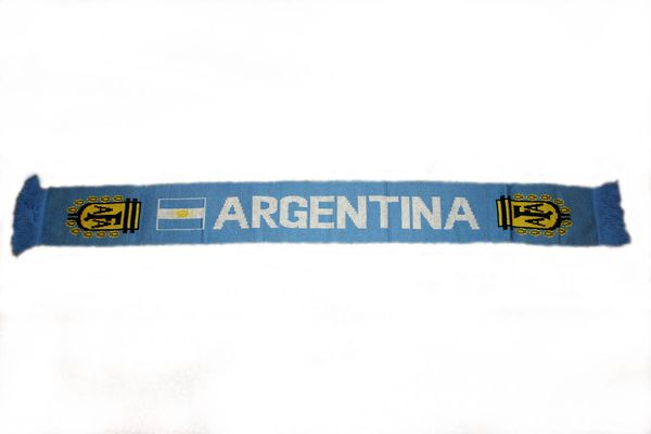 "ARGENTINA COUNTRY FLAG AFA LOGO FIFA SOCCER WORLD CUP CRUSHED FLEECE SCARF .. SIZE : 56"" INCHES LONG X 6"" INCHES WIDE , 100% POLYESTER HIGH QUALITY .. NEW"