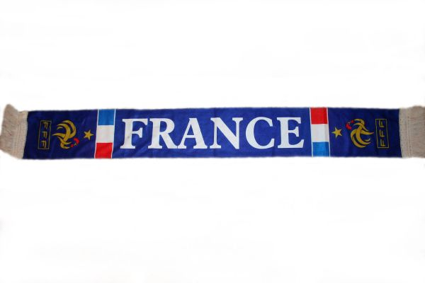 "FRANCE COUNTRY FLAG FFF LOGO FIFA SOCCER WORLD CUP CRUSHED FLEECE SCARF .. SIZE : 56"" INCHES LONG X 6"" INCHES WIDE , 100% POLYESTER HIGH QUALITY .. NEW"