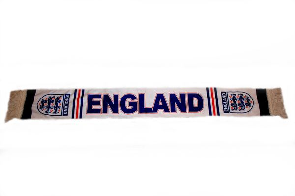 """ENGLAND 3 LIONS CRUSHED FLEECE SCARF .. SIZE : 56"""" INCHES LONG X 6"""" INCHES WIDE , 100% POLYESTER HIGH QUALITY .. NEW"""