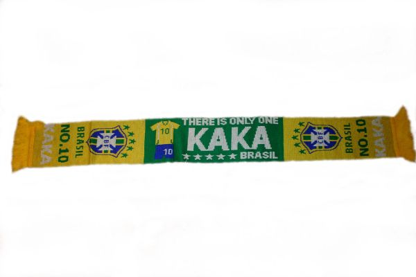 "KAKA # 10 , BRASIL 5 STARS CBF LOGO FIFA SOCCER WORLD CUP THICK SCARF .. SIZE : 56"" INCHES LONG X 6"" INCHES WIDE , 100% POLYESTER HIGH QUALITY .. NEW"