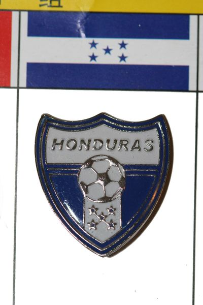 HONDURAS FIFA WORLD CUP SOCCER LOGO LAPEL PIN BADGE .. NEW AND IN A PACKAGE