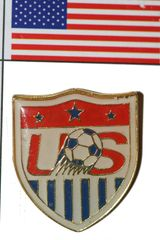 USA FIFA WORLD CUP SOCCER LAPEL PIN BADGE .. NEW AND IN A PACKAGE