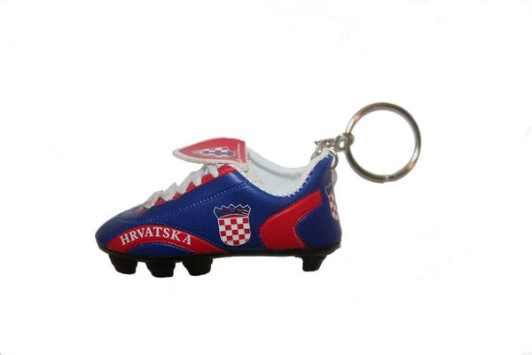 HRVATSKA CROATIA COUNTRY FLAG SHOE CLEAT KEYCHAIN .. NEW AND IN A PACKAGE