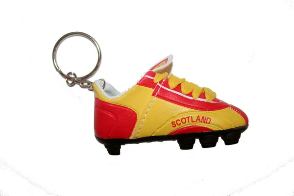 SCOTLAND RED YELLOW SHOE CLEAT KEYCHAIN .. NEW AND IN A PACKAGE