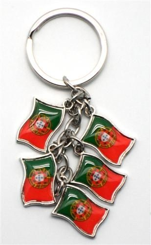 PORTUGAL 5 COUNTRY FLAG METAL KEYCHAIN .. NEW AND IN A PACKAGE