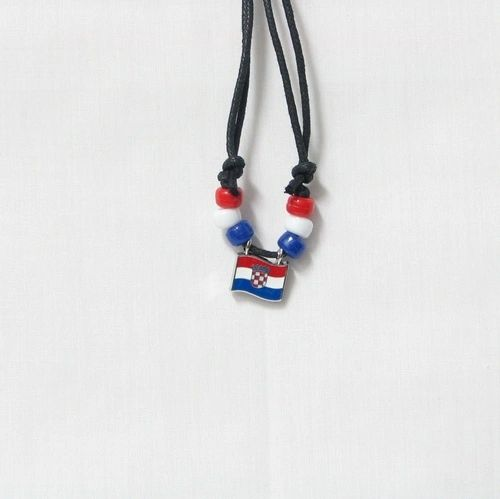CROATIA COUNTRY FLAG SMALL METAL NECKLACE CHOKER .. NEW AND IN A PACKAGE