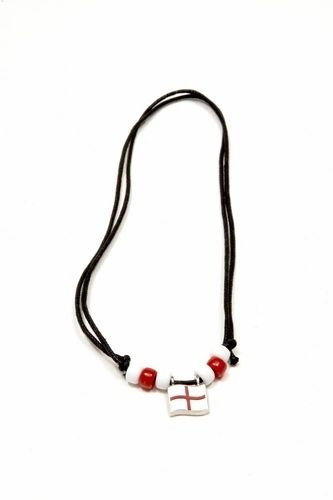 ENGLAND COUNTRY FLAG SMALL METAL NECKLACE CHOKER .. NEW AND IN A PACKAGE