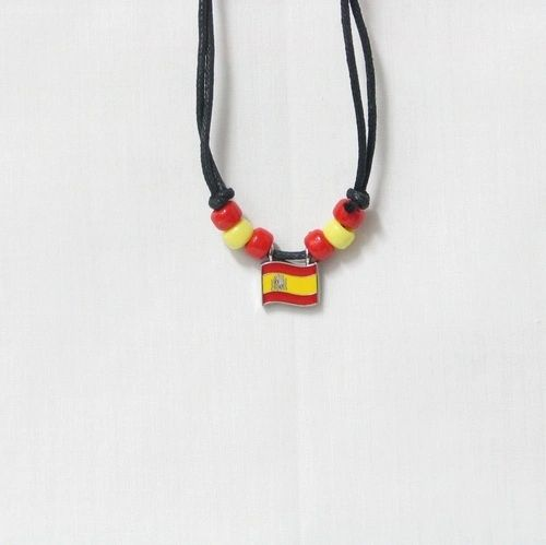 SPAIN COUNTRY FLAG SMALL METAL NECKLACE CHOKER .. NEW AND IN A PACKAGE