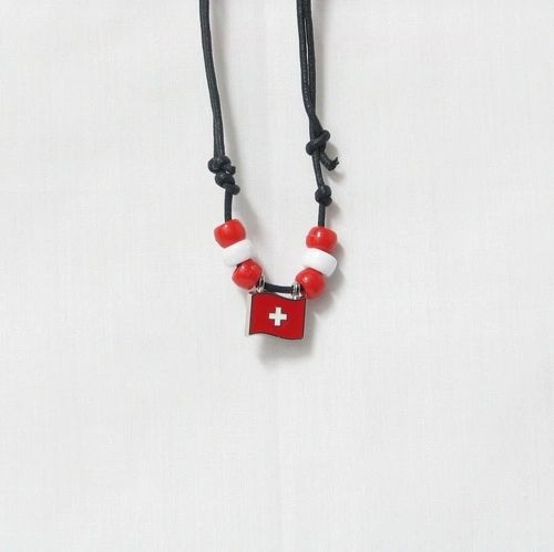 SWITZERLAND COUNTRY FLAG SMALL METAL NECKLACE CHOKER .. NEW AND IN A PACKAGE
