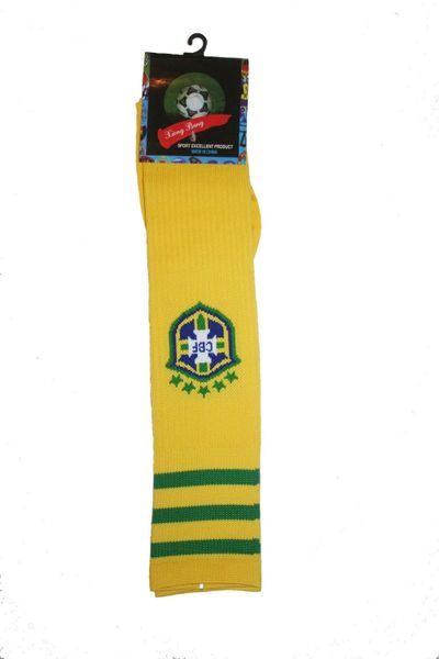 BRASIL YELLOW 5 STARS CBF LOGO FIFA WORLD CUP SOCKS .. ADULT SIZE .. HIGH QUALITY ..NEW AND IN A PACKAGE