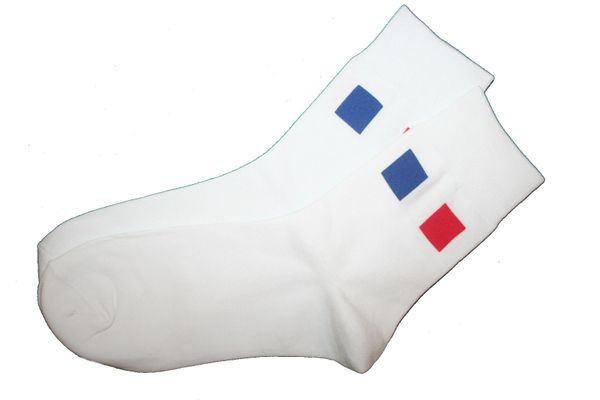 FRANCE WHITE COUNTRY FLAG DRESS SOCKS .. HIGH QUALITY .. NEW AND IN A PACKAGE