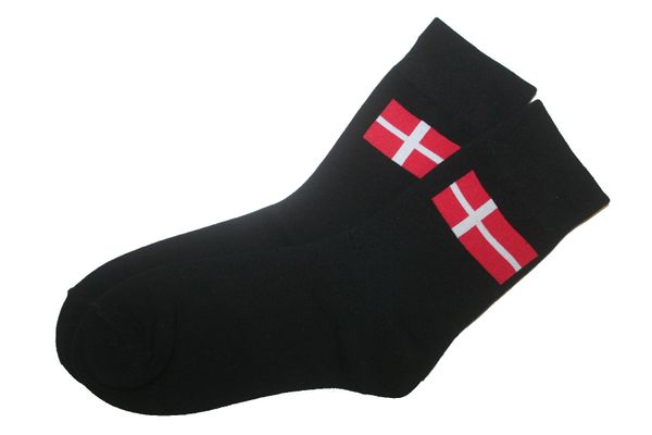 DENMARK BLACK COUNTRY FLAG DRESS SOCKS .. HIGH QUALITY .. NEW AND IN A PACKAGE