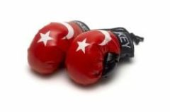 TURKEY COUNTRY FLAG MINI BOXING GLOVERS .. HIGH QUALITY .. NEW AND IN A PACKAGE