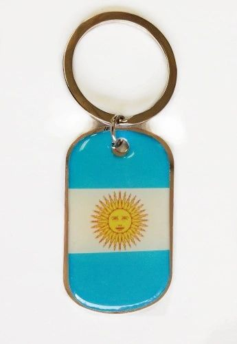 ARGENTINA COUNTRY FLAG METAL KEYCHAIN .. NEW AND IN A PACKAGE
