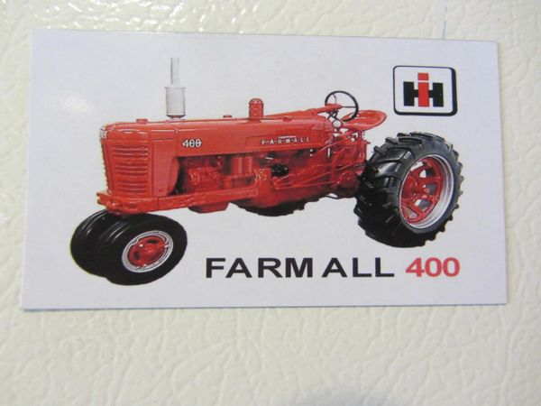 FARMALL 400 Fridge/toolbox magnet