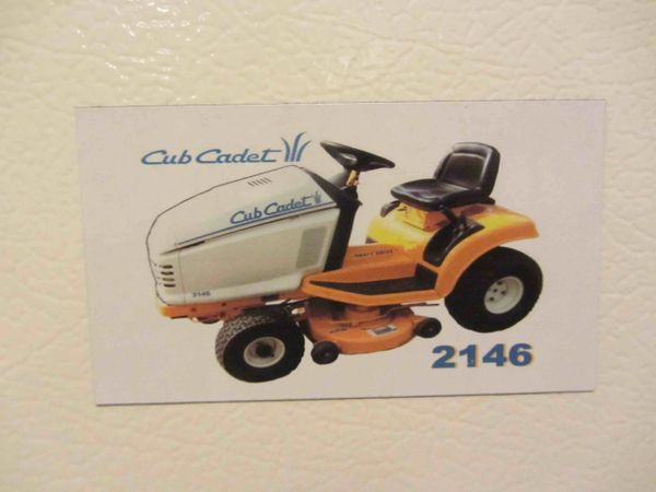 CUB CADET 2146 Fridge/toolbox magnet