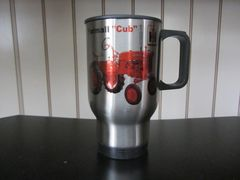 FARMALL CUB TRAVEL MUG